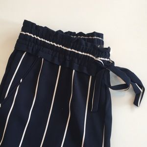 Navy stripped flowy pants